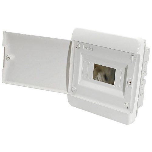 Щит распределительный встраиваемый Tekfor B IP41 на 8 модулей с непрозрачной белой дверцей